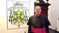 Bisschop ron van den hout