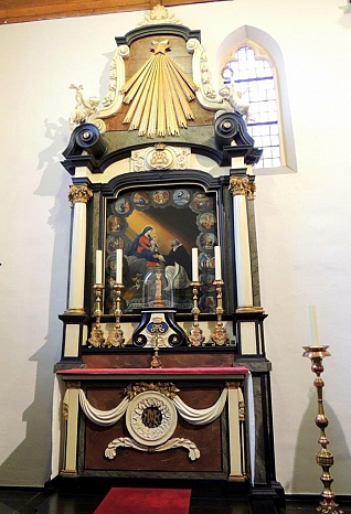 Maria-altaar Willibrorduskerk Diessen