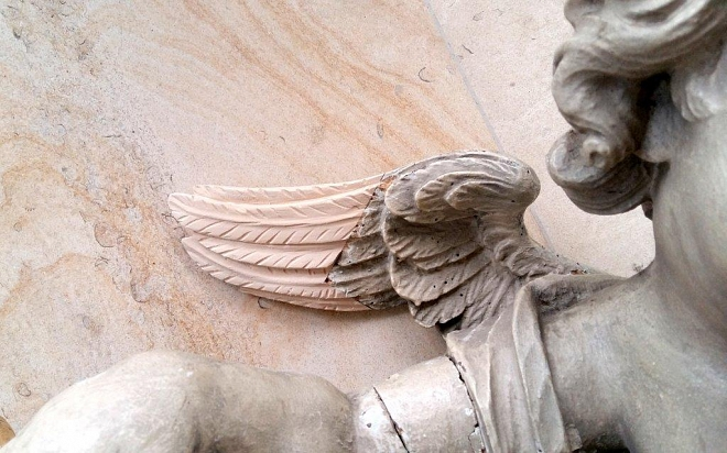 Bovendeel gerestaureerde Maria-altaar Willibrorduskerk Diessen