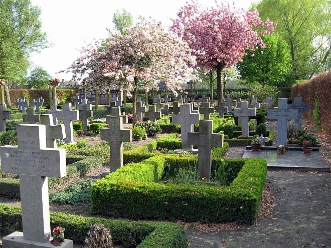 Poort kerkhof Haghorst