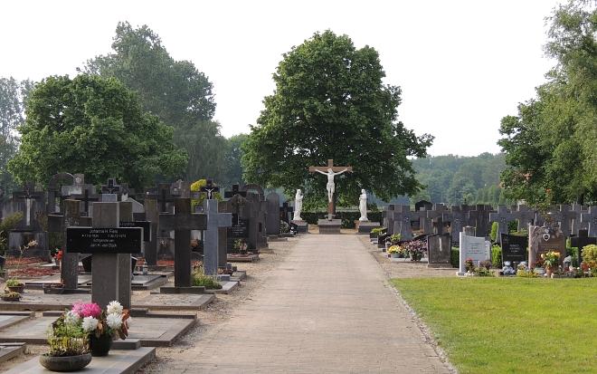 begraafplaats Biest-Houtakker