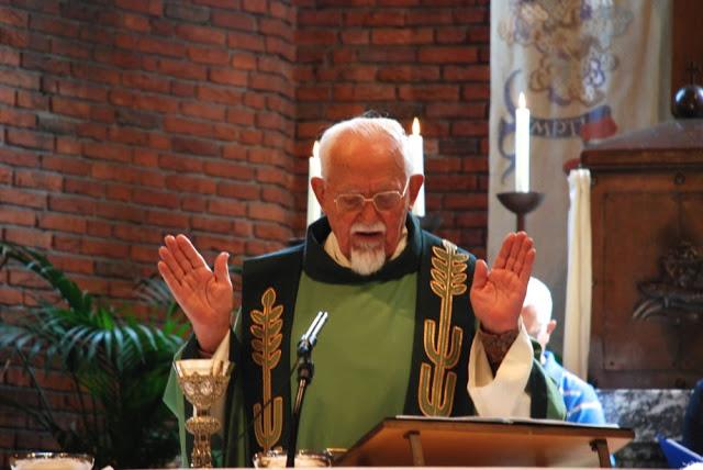 Laatste Eucharistieviering Piet van Mensvoort in parochie Esbeek